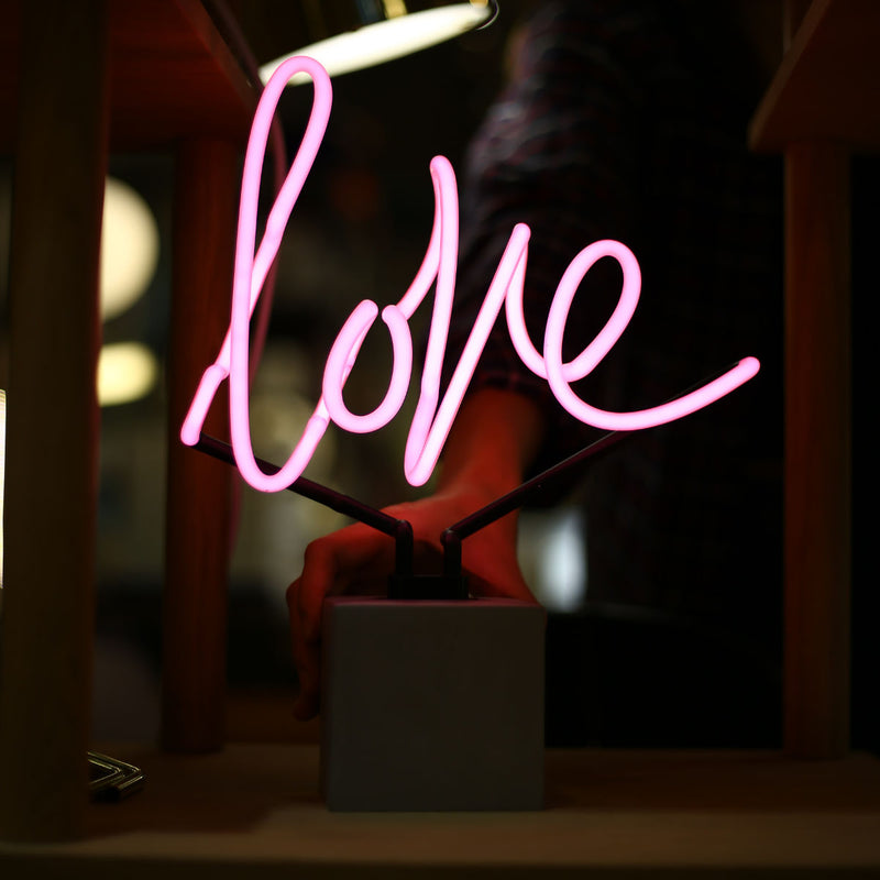 Locomocean Neon table lamp, love