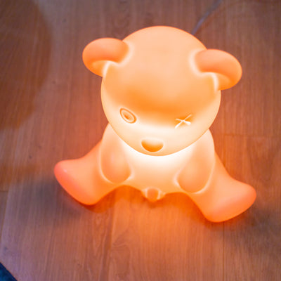 Qeeboo Teddy Boy table lamp , bright pink