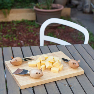 Kikkerland Mouse Cheese Knives Set