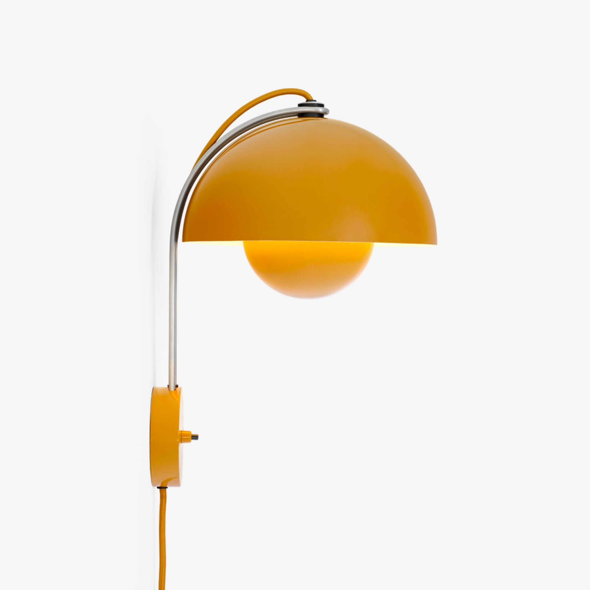 &Tradition VP8 Flowerpot wall lamp , mustard