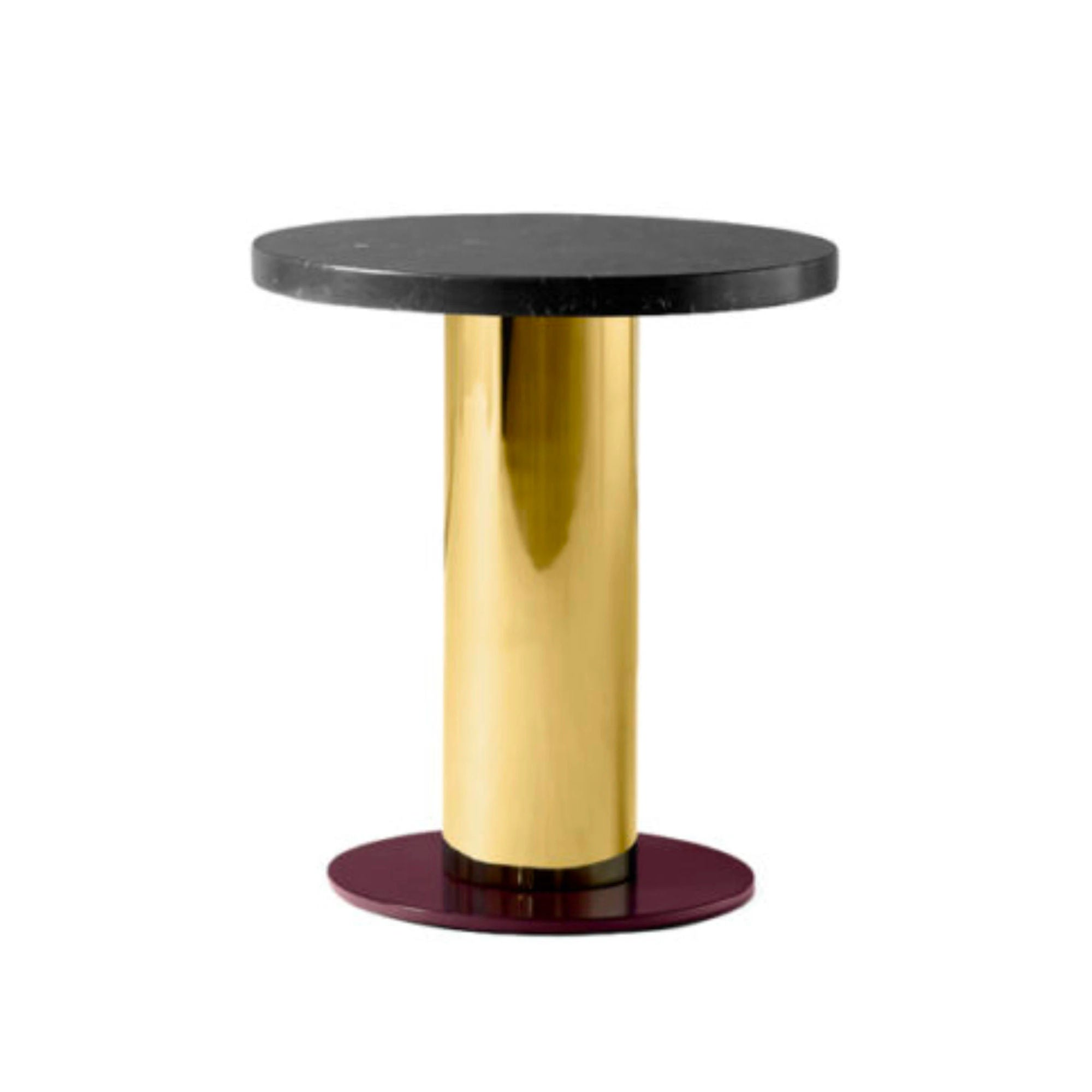 &Tradition JH19 Mezcla Side Table Ø42 , Nero Marquina/Brass/Burgundy