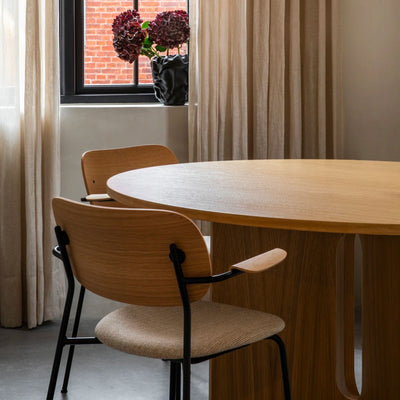 Menu Androgyne Round Dining Table Dia.120cm , Natural Oak