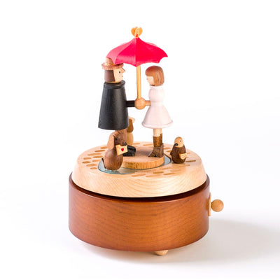 Woodeful Life wooden music box, love under the umbrella