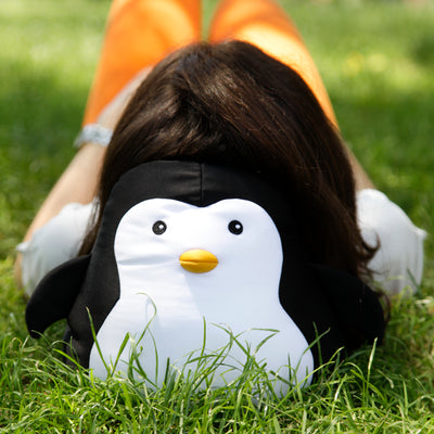 Kikkerland Zip & Flip Travel Pillow . Penguin