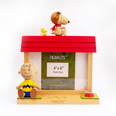 Wooderful Life wooden photo frame, snoopy w. charlie brown