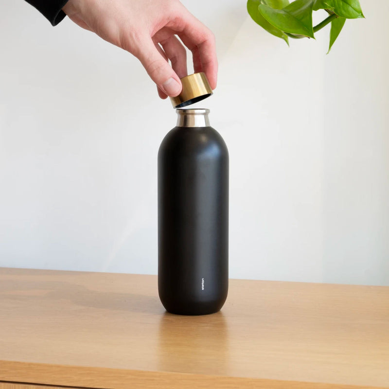 Stelton Collar Water Bottle 740ml , Black