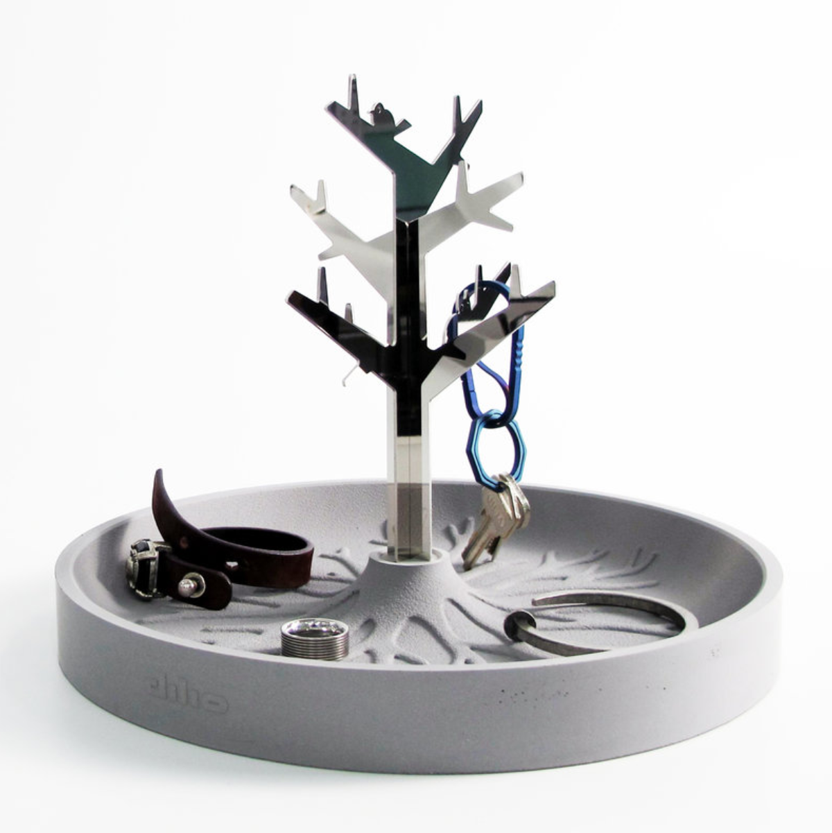 Dilio Tree & Roots Accessories Holder