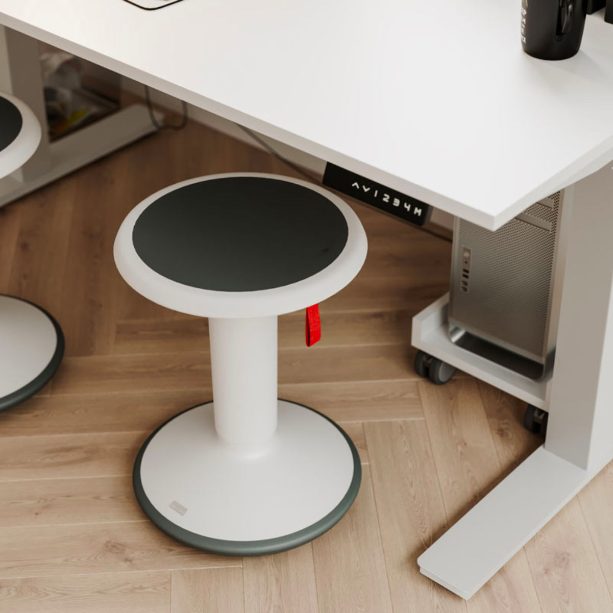 Upis1 Ergonomic Stool , Elegant White