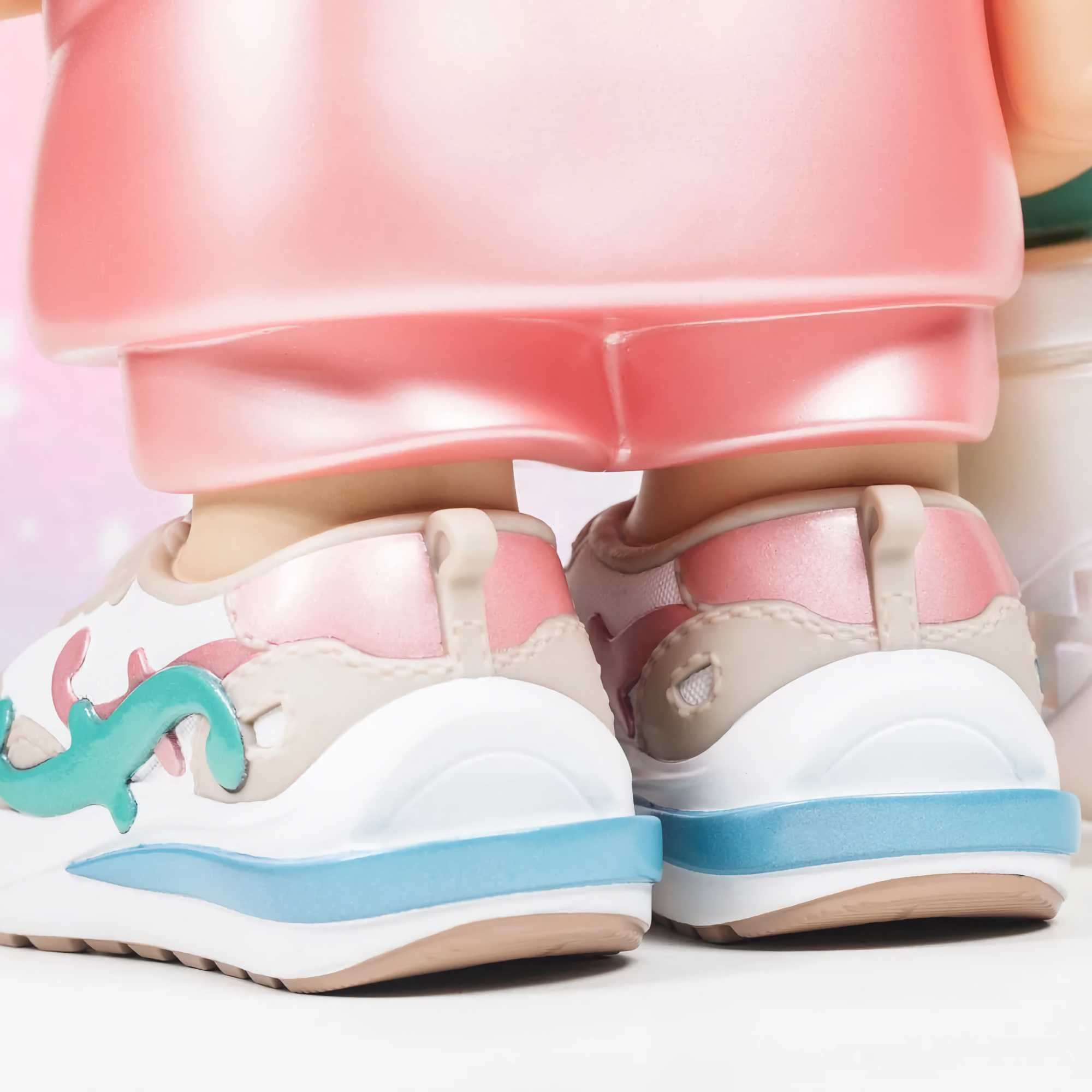 Muuto Airy Coffee Table Large , Off White