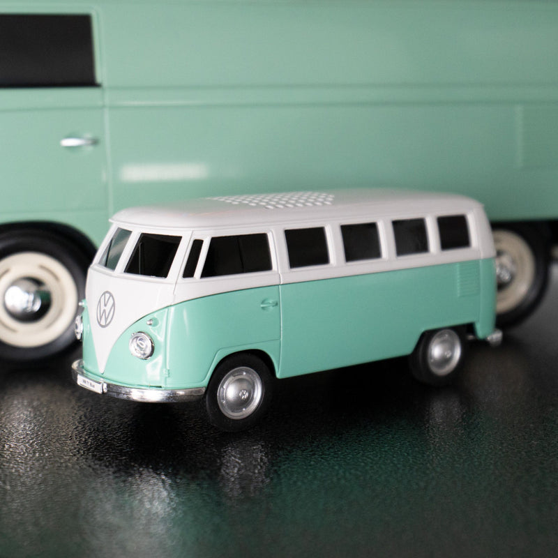 1968 Volkswagen T1 Bus 1:20 Bluetooth Speaker , Green