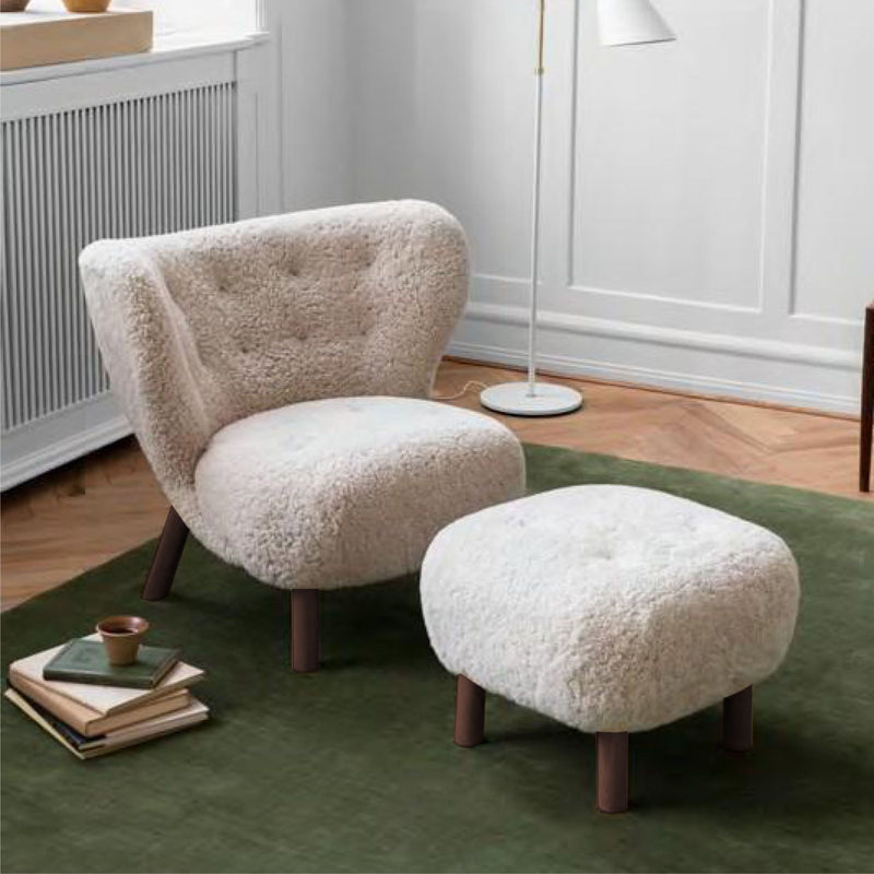 &Tradition VB1 Little Petra Lounge Chair , Moonlight Sheepskin - Walnut