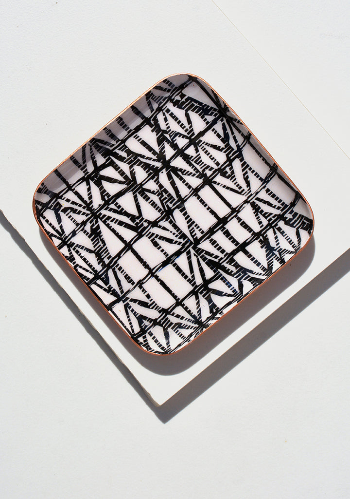 Dc Night Fever Diamond Ring Tray Square