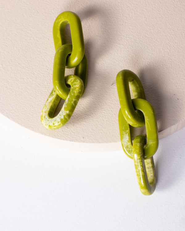 Jp Resin Love Link Earrings - Matcha