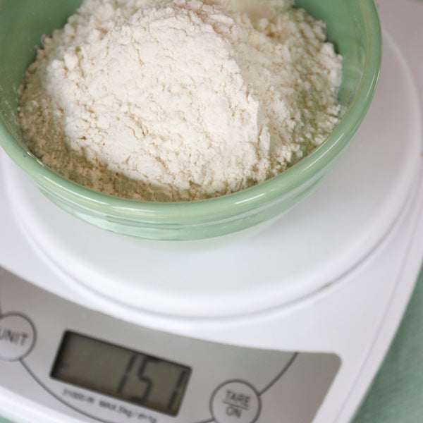 How to Measure Ingredients When Baking