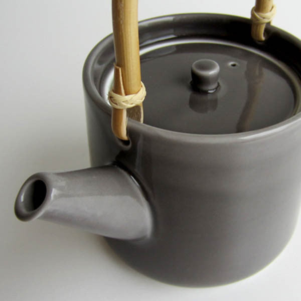 DO Claska Tea Pot Gray