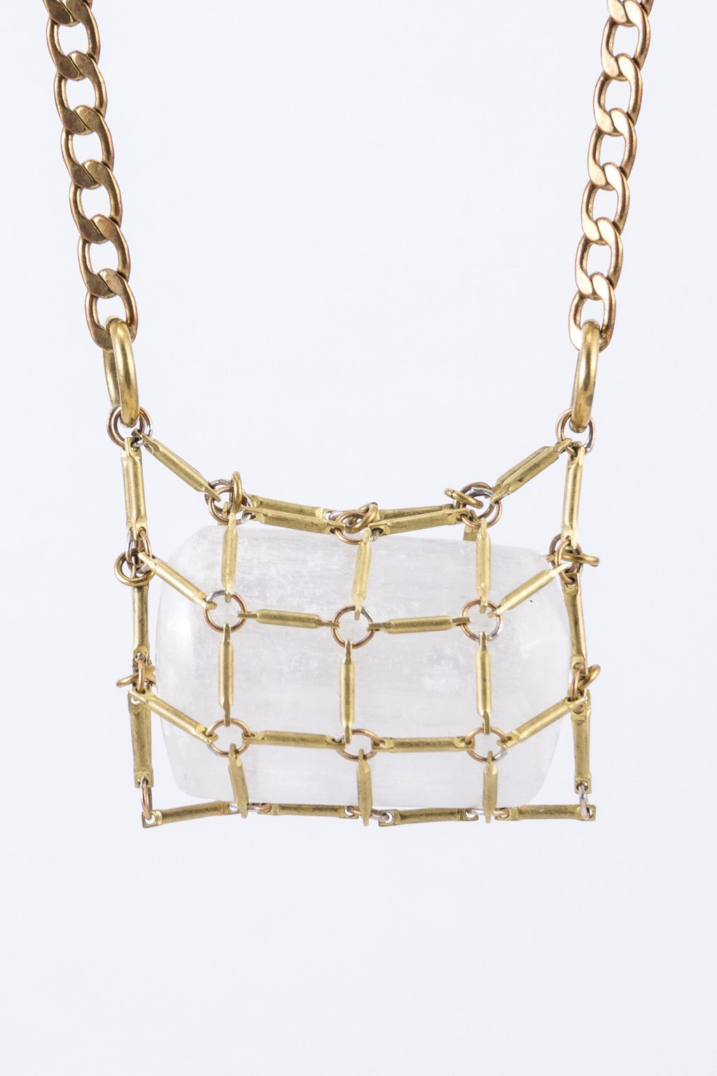 CRYSTAL in NET necklace