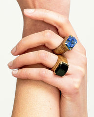 CRYSTAL & WOOD with GOLD ring - MID setting