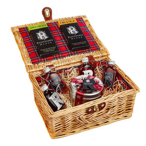 5cl Collection and Sloe Gin Fruit Cake Hamper