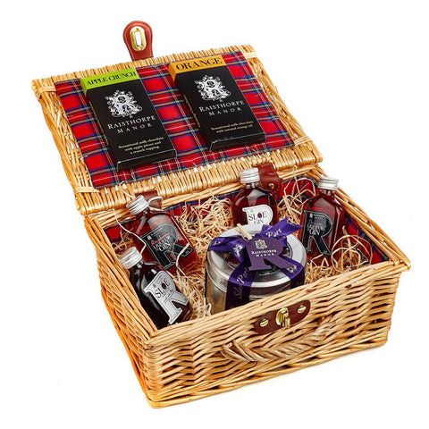 5cl Collection and Sloe Port Fruit Cake Hamper