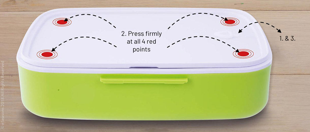 eSeasons Bento Lunchbox: Open the sealing plug, close the lid tight at all 4 corners, replace the plug.