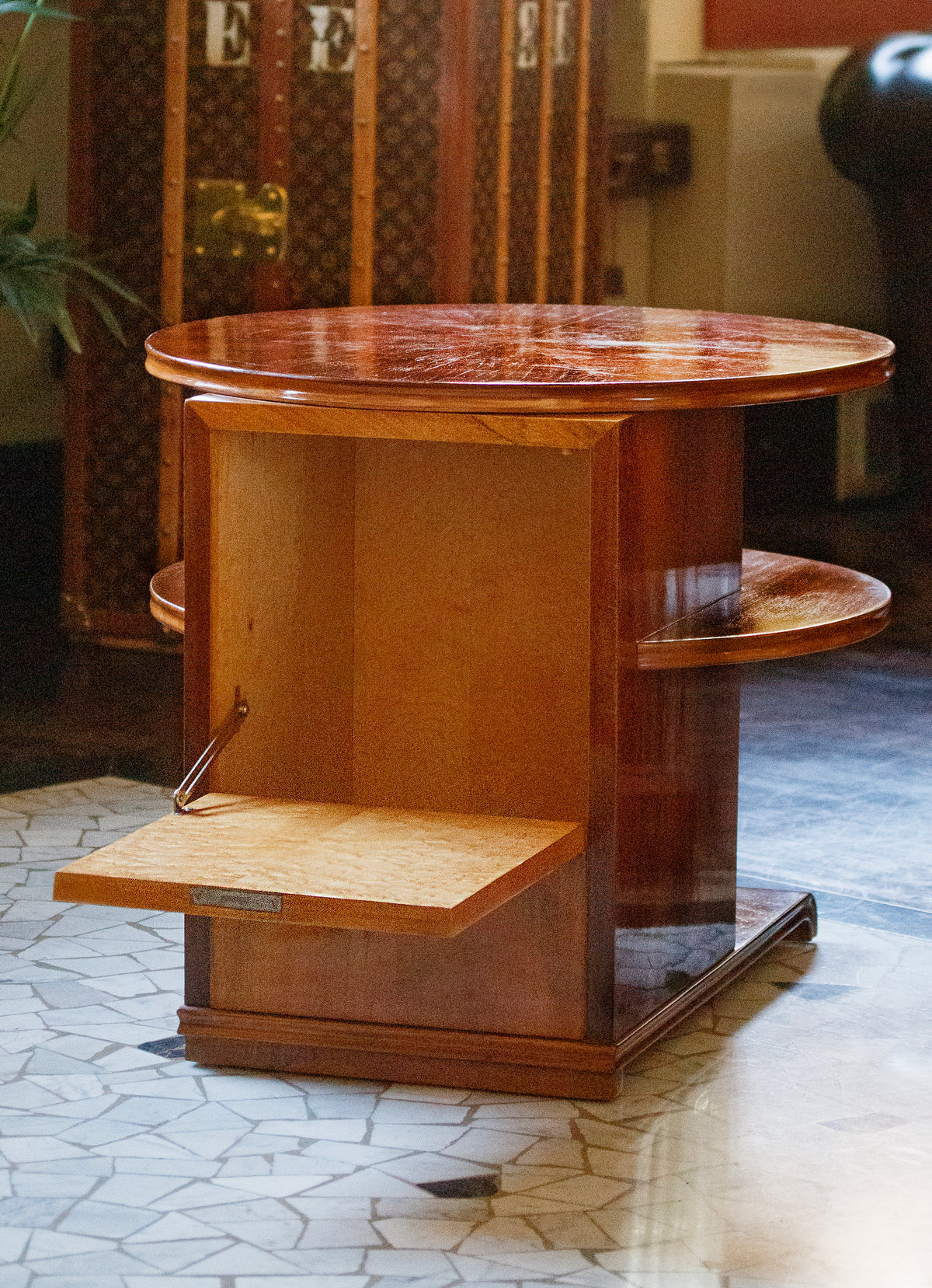 Tavolino Tondo in Noce - 1940 - Walnut Rounded Coffee Table