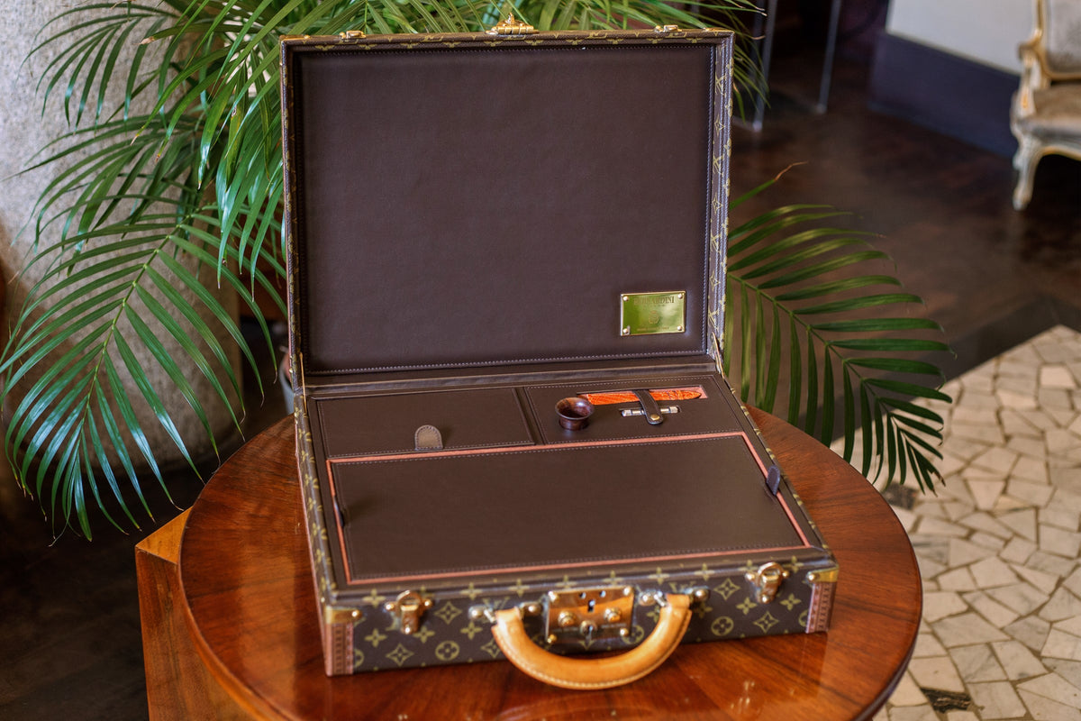 Watch Holder handmade in Italy - Louis Vuitton suitcase