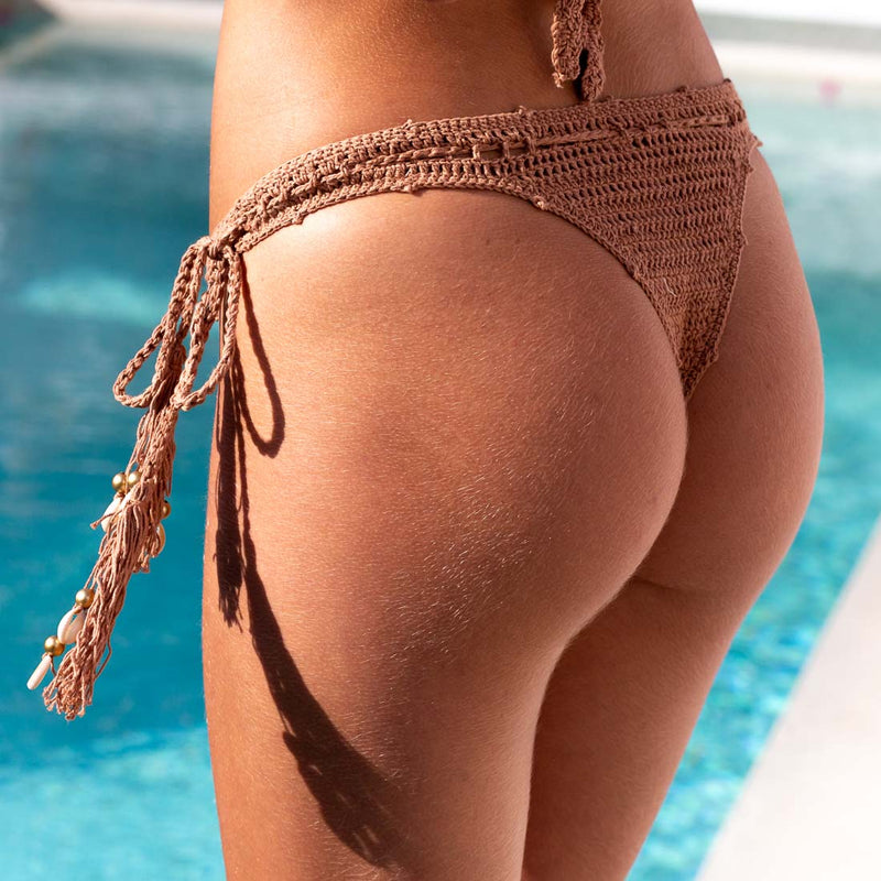 Cleodora Bottom