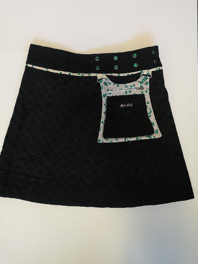Moshiki Hot Cookie Blackwave Pie/Green Flowers Reversible Cotton Wrap Skirt With Side Pocket