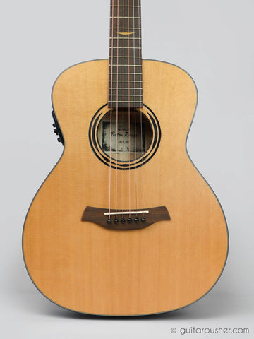 Baton Rouge AR21C/ME Solid Top Traveler Electric-Acoustic Guitar