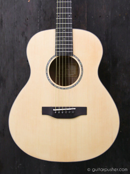 Phoebus Baby GS Electric-Acoustic Guitar (w/ Pickup)