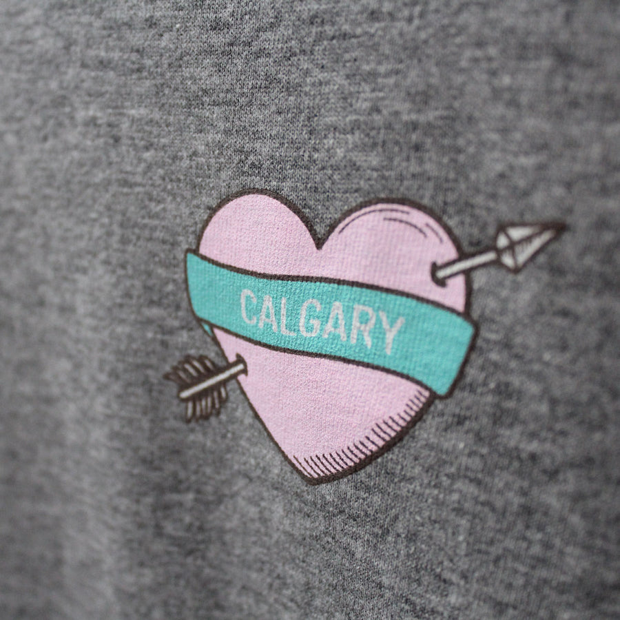 Calgary Heart and Arrow Round Hem T-Shirt - Grey