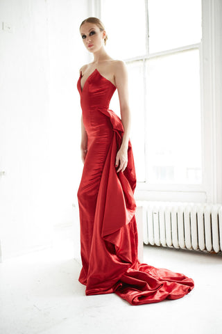 "GOWN ""OPERA STAR"""