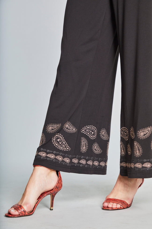 26   Rosie Rose Petal Collection Knit Wide-legged Pants