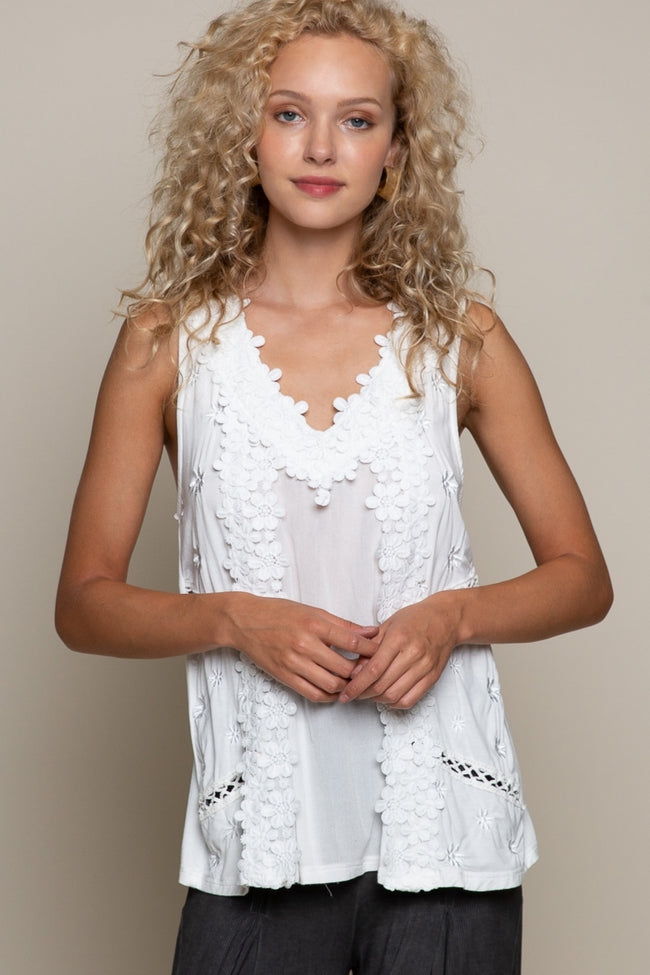1356   Heather Floral Embroidery Woven Top