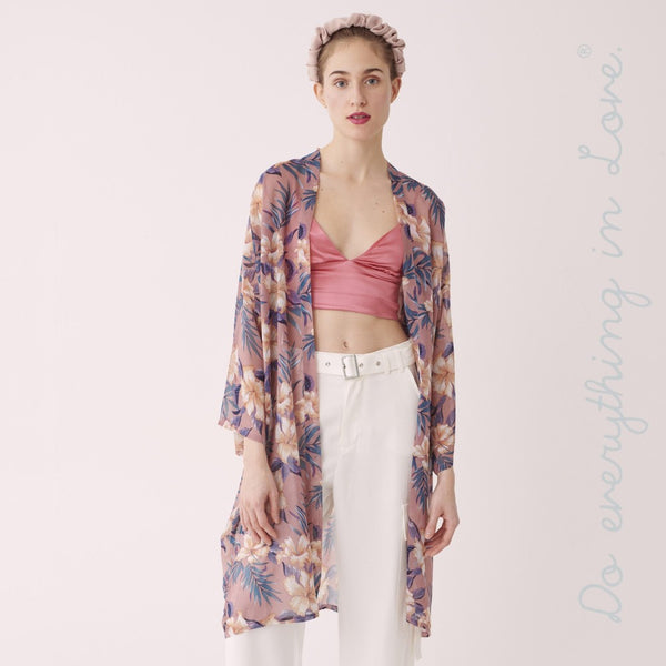7305534   Do everything in Love brand women's lightweight sheer tropical floral kimono