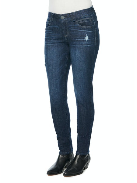 8829   Chelle Midrise Destroyed Judy Blue Skinnies