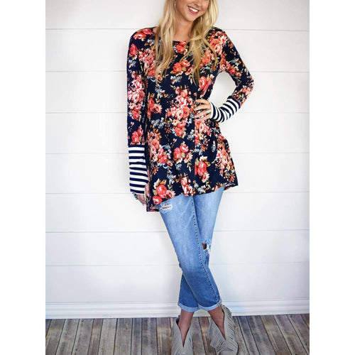 Carly floral thumb-hole tunic in navy, S/M and M/L