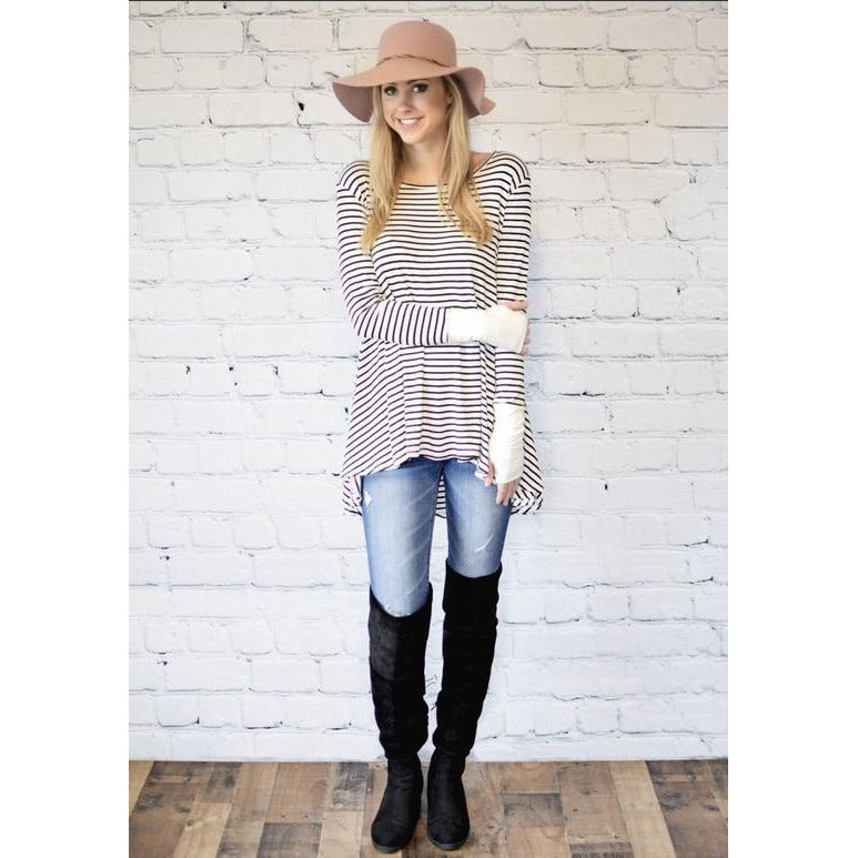 Curvy girl - Madi striped thumb-hole tunic in ivory with black stripes, XL/1XL and 2XL/3XL