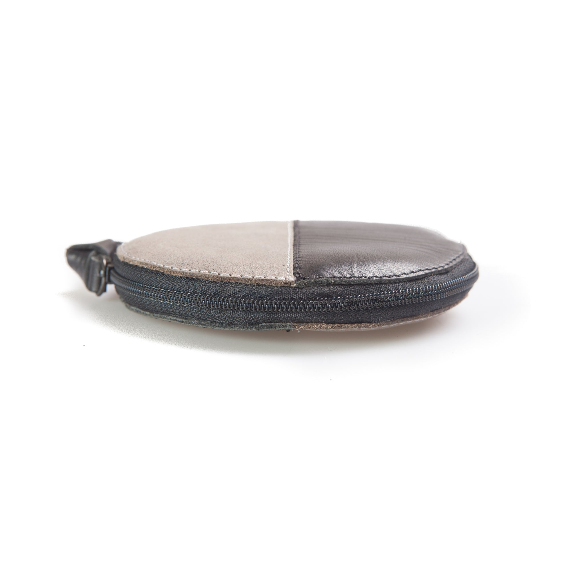First of June, Purnama coin purse, vegetable tanned leather bags and wallets, designed in Bali, handmade in Yogyakarta