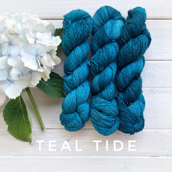 Lichen and Lace 1 Ply Superwash Merino yarn in Canada Teal Tide