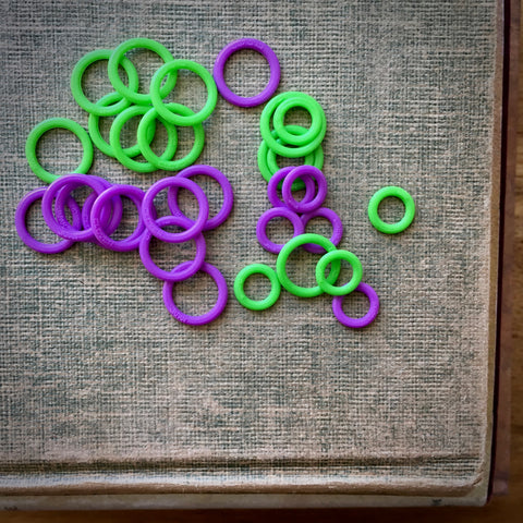 Clover Soft Stitch Ring markers for knitting