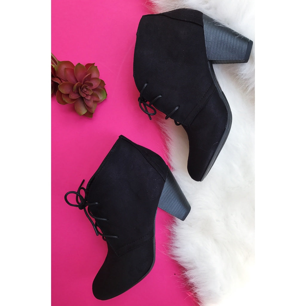 Basic Staple Short Boot in Black