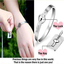 Load image into Gallery viewer, Heart Lock Bracelet & Key Necklace Set