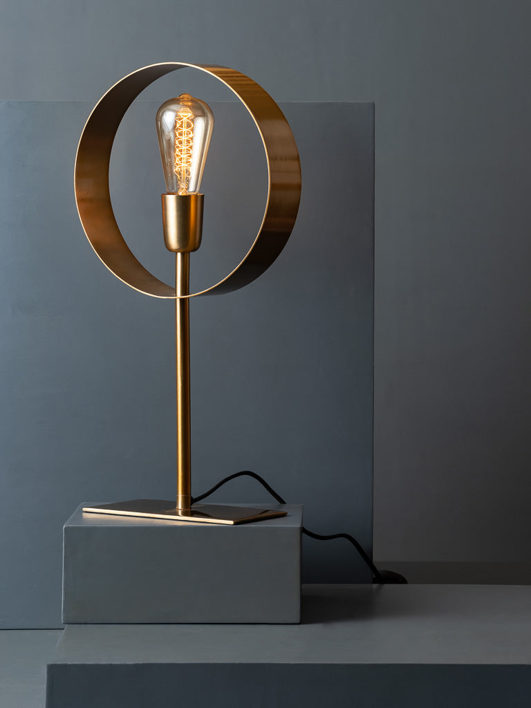 LAMP,TABLE LAMP,ACCENT LAMP,LIGHTS,LIGHTING, ACCENT LIGHTING,STUDIO KIKLEE,DECOR,BEDSIDE LAMP,DESK LAMP,STUDY LAMP,STUDY TABLE LAMP,