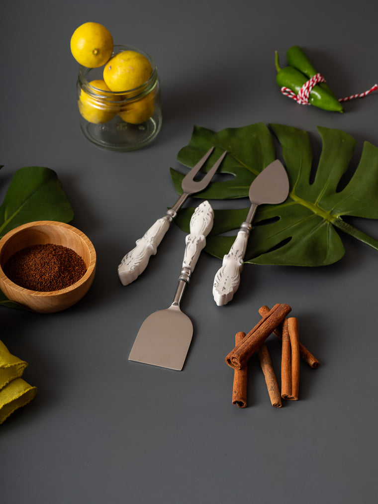 ANNE CHEESE KNIFE SET - Studio Kiklee By Simrat Kohli