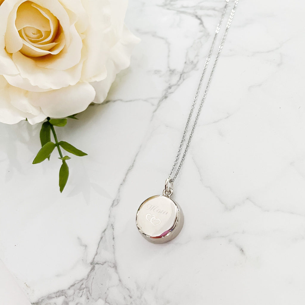 LIMITED EDITION - Silver Necklace with Mom Engraving