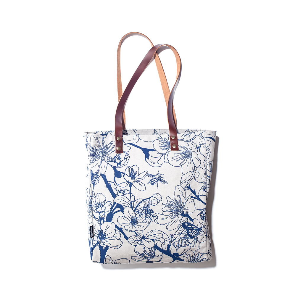 Seltzer Goods Bee Blossom Carry-All Tote