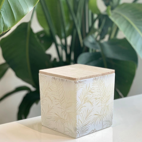 JUNGLE PALM PRINT CANDLE