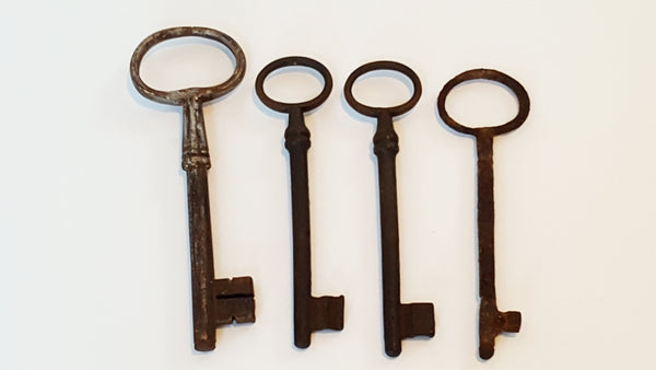 Antique Iron Skeleton Keys - Collection of 4
