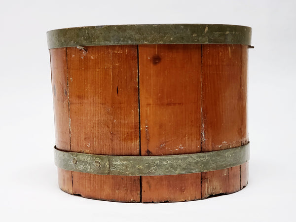 Original Americana Farmhouse 2 Quart Wooden Dry Grain Measure Bucket
